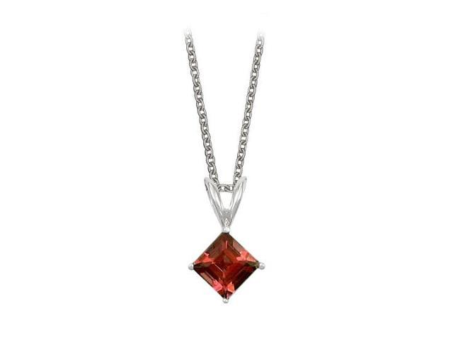 Square Cut Garnet Pendant Necklace in Sterling Silver. 1ct.tw.