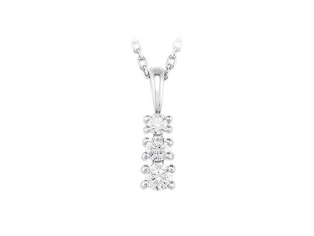 Three stone pendant with Cubic Zirconia in Sterling Silver 0.50 CT TGW