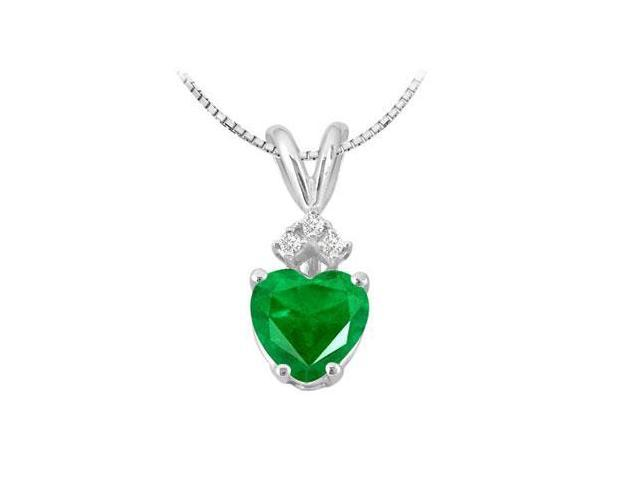 Frosted Emerald Heart Pendant with Round Cubic Zirconia in 14K White Gold 1.03 Carat TGW