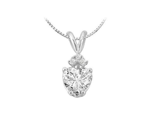 Cubic Zirconia Heart Pendant in White Gold 14k with 1.03 Carat Total Gem Weight