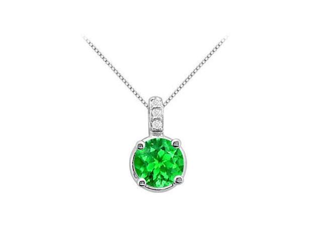 Big Frosted Emerald pendant with round cubic zirconia in white gold 14k with 1.03 carat tGW