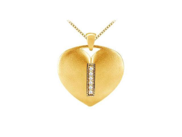 diamond initial I heart pendant in 14k yellow gold with 0.06 carat diamonds