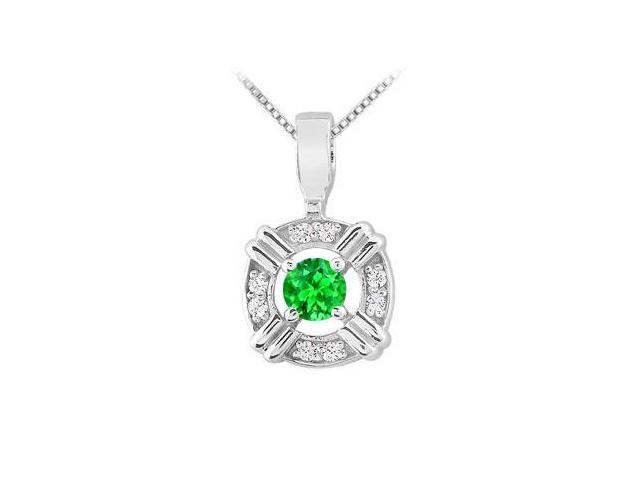 Rhodium Treated 925 Sterling Silver Pendant with Frosted Emerald and Cubic Zirconia 0.25 Carat T