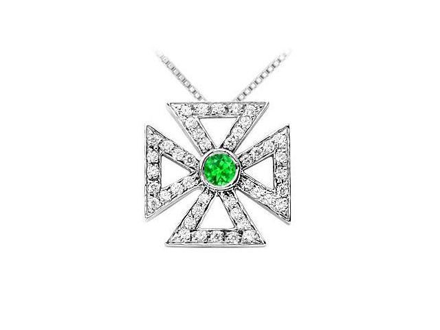 925 Sterling Silver Maltese Cross Pendant with Frosted Emerald and Cubic Zirconia 0.75 Carat TGW