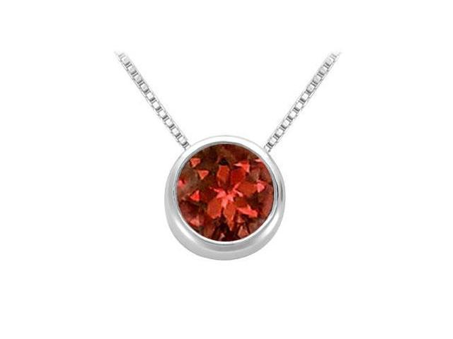 Garnet Solitaire Pendant in 14kt White Gold 1.00.ct.tgw