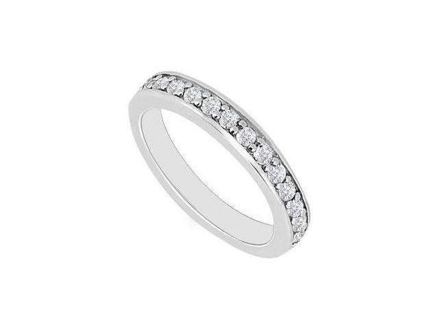 14K White Gold  Round Prong-Set Diamond Wedding Band 0.30 CT TDW