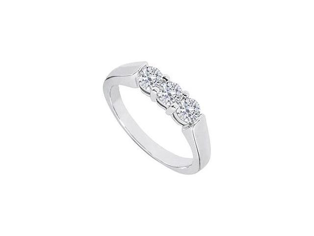 Diamond Three -Stone Wedding Ring in 14kt White Gold 0.50.ct.tw