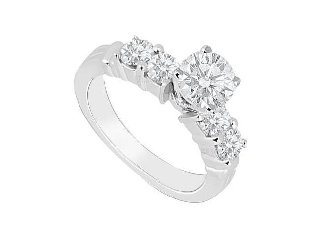 High Quality of AAA Cubic Zirconia Engagement Ring in 14K White Gold 1 Carat Total Gem Weight