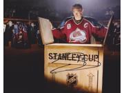Joe Sakic Autographed Colorado Avalanche 8X10 Photo - 2X Stanley Cup Champion - 2012 Hall Of Famer 9SIA00Y19A7807