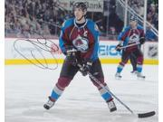 Joe Sakic Autographed Colorado Avalanche 8X10 Photo - 2X Stanley Cup Champion - 2012 Hall Of Famer 9SIV06W2J74998