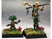 Reaper Miniatures 60147 Pathfinder Series Pathfinder Druid, Familiar Miniature 9SIA00Y23D8600