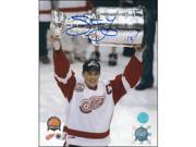 AJ Sports World YZES106042 Steve Yzerman Autographed Detroit Red Wings 2002 Stanley Cup 11x14 Photo 9SIA00Y51F6120