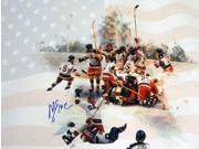 Athlon CTBL-014222 Mike Eruzione Signed 1980 Team USA Olympic Hockey Photo Team with Flag Miracle on Ice vs Soviet Union - 16 x 20 9SIA0CY1BG1493