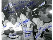 Athlon CTBL-17280d Philadelphia Phillies Signed Photo - 1980 World Series Team B&W 21 Signatures 1983 Photo - 16 x 20 9SIA0CY3T24188