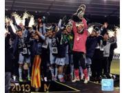 Sporting KC Celebrate Winning the 2013 MLS Cup Sports Photo (10 x 8) 9SIA1S71BU5022