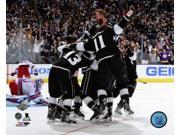 The Los Angeles Kings Celebrate Winning Game 5 of the 2014 Stanley Cup Finals Photo Print (8 x 10) 9SIA1S74YK3501