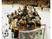 The Pittsburgh Penguins celebrate winning Game 6 of the 2017 Stanley Cup Finals Photo Print (8 x 10) 9SIA1S75VD7405