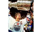 Wayne Gretzky with the 1984 Stanley Cup Photo Print (8 x 10) 9SIA1S74YN8683