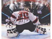 Martin Brodeur Autographed New Jersey Devils 8x10 Photo 9SIA00Y4565081