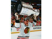 Andrew Shaw Signed Blackhawks 2013 Stanley Cup Trophy Bloody Face 16x20 Photo 9SIAC565067854