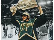 Mike Modano Signed Dallas Stars Holding Stanley Cup 16x20 Photo 9SIA1Z04FG9021