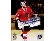 Schwartz Sports Memorabilia VER08P402 8 x 10 in. Kris Versteeg Signed Chicago Blackhawks 2015 Stanley Cup Trophy Photo 9SIA00Y6GA0410