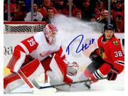 Ryan Hartman Signed Chicago Blackhawks vs Detroit Red Wings Action 8x10 Photo 9SIA00Y6GA0697
