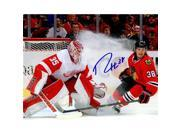 Schwartz Sports Memorabilia HAR08P400 8 x 10 in. Ryan Hartman Signed Chicago Blackhawks vs Detroit Red Wings Action Photo 9SIV06W6GF0640