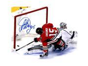 Schwartz Sports Memorabilia ANI08P400 8 x 10 in. Artem Anisimov Signed Chicago Blackhawks Scoring Goal Action Photo 9SIV06W6GC8884