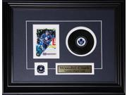 Wendel Clark Toronto Maple Leafs signed card with puck frame 9SIADC26DU2348
