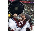 Photofile PFSAACF01301 Patrick Roy - Kissing the Stanley Cup 6901 Sports Photo - 8 x 10 9SIV06W69A4180