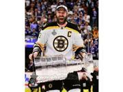Photofile PFSAANS21901 Zdeno Chara with the Stanley Cup Game 7 of the 2011 NHL Stanley Cup Finals- 42 Sports Photo - 8 x 10 9SIV06W6958907