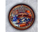 AJ Sports World SELT155051 Teemu Selanne Anaheim Ducks Autographed 2007 Stanley Cup Puck - SELT155051 9SIV06W6A13425