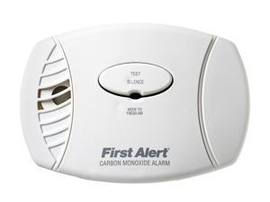 First Alert CO605 Plug In Carbon Monoxide Alarm
