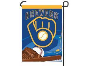 Wincraft  Milwaukee Brewers 11in. x 15in. Garden Flag - Retro Logo