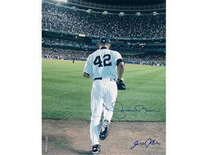 Steiner Sports RIVEPHSAC8000 Mariano Rivera 2006 Entering The Game Color 8x10 Photo - Signed By Anthony Causi