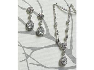 Weddingstar 8749 Flower & Pear Drop in Silver Necklace