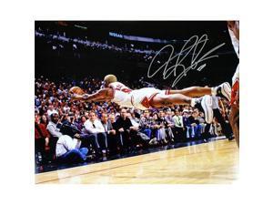 TRISTAR Dennis Rodman Autographed Chicago Bulls 16x10 Photo