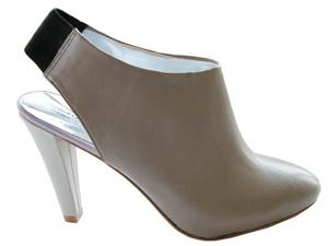 Kenneth Cole New York Womens 'Back Stretch' Slingback Pump Shoe