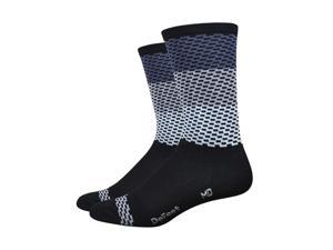 DeFeet AirEator 6in Charleston High Rouleur Collection Cycling/Running Socks (Charleston - Grey/White - S)