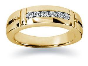 0.28 ctw. Men's Round  Diamond Wedding Band in 14K Yellow Gold