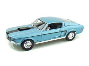 Maisto 1:18 Scale 1968 Ford Mustang GT Fastback 428 Cobra Jet Diecast Car in Blue