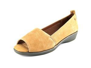 Soft Style by Hush P Petra Carlisle Women US 9 N/S Tan Wedge Heel