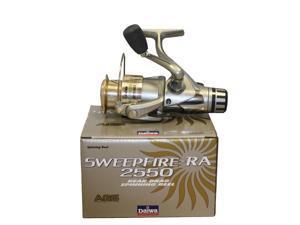 Daiwa Sweepfire RA Rear Drag Spinning Reels  SW2550RA