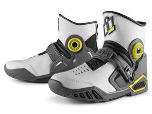 Icon Accelerant Street Boot White/Gray 11