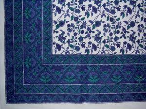 """Fleur De Lis Cotton Tablecloth 90"""" x 60"""" Blue"""
