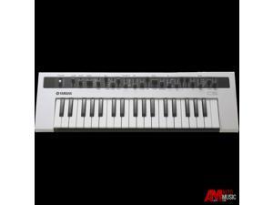 Yamaha Reface CS Mobile Mini Analog Modeling Synthesizer