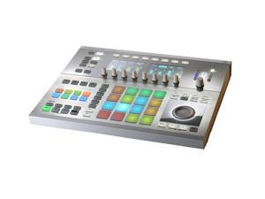 Native Instruments Maschine Studio in White