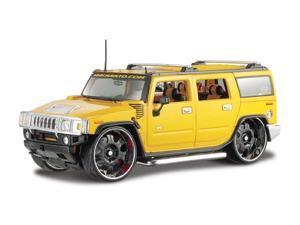 Maisto 1:27 Scale Yellow 2003 Hummer H2 Suv