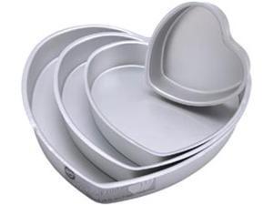 "Decorator Preferred Cake Pan Set 4/Pkg-6""&#59; 10""&#59; 12""&#59; 14"" Heart"